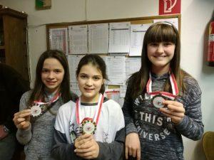 Jugend 1 v.l.: Viktoria Haid (2.), Wilhelm Hannah (1.), Auer Laura (3.)