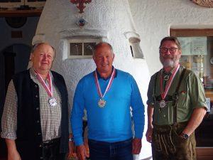 Jagdklasse (v.l.): Otto Praxmarer (2.), Reinhard Wild (1.), Hansjörg Prantl (3.)