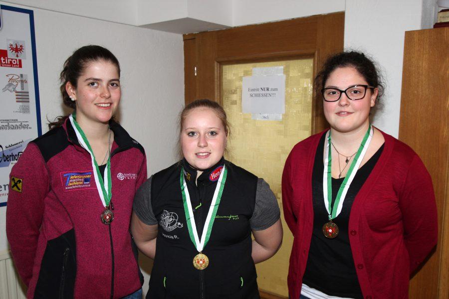 Juniorinnen: Melanie Zoller (Tarrenz), Patricia Rangger, Daniela Hausegger (Tarrenz)